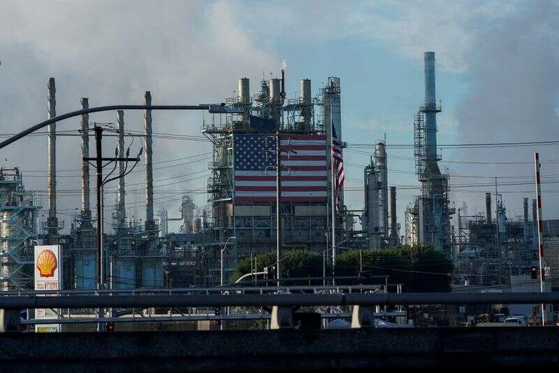 Amerykańskie rafinerie ropy naftowej ustawione na najgorszy kwartał zarobków pandemii Reuters