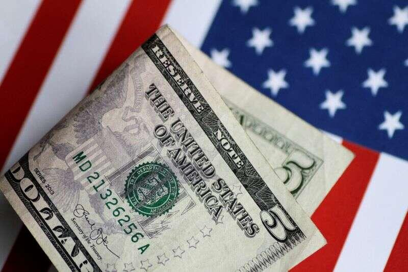 Dolar Krawędzie wyższe; Zdarzenia ryzyka monit safe haven popytu przez Investing.com
