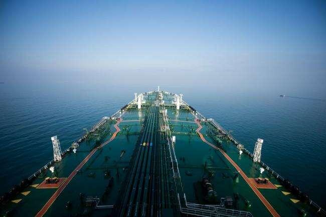 Iran Oil Export Creep Wyższe jak Maksymalna presja Trumpa zanika Bloomberg