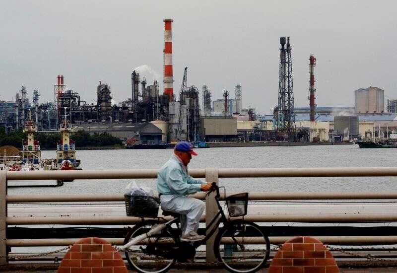 Nastroje japońskich producentów stabilizuje się w styczniu, usługi słabną: Reuters Tankan By Reuters