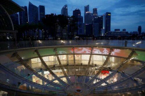 Singapore ulepszenia 2021 PKB Outlook jako szczepienia zdobywają tempo Reuters