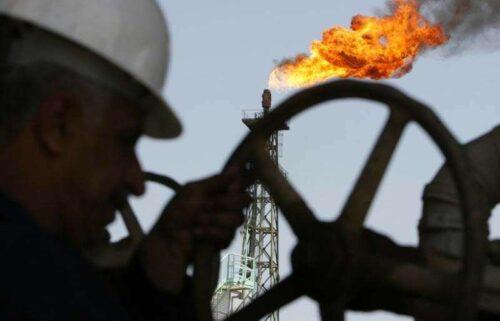 Pędów ropy naftowej; Odbijając się po tydzień w Torrid przez Investing.com