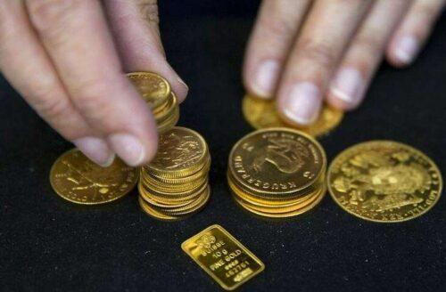 Gold Down, ale pozostaje blisko 1,800 $ Mark, w Leadup do U.S. Praca Raport przez Investing.com