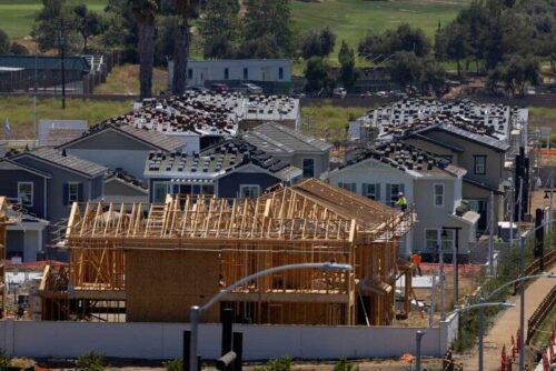 U.S. Budowa spędza cale wyższe w czerwcu przez Reuters