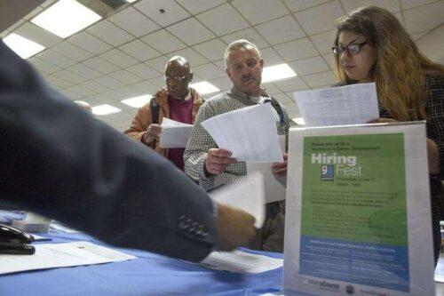 U.s. Dodano tylko 235 tys. Praca bez Unfarm w sierpniu, brakuje prognoz za milę przez Investing.com