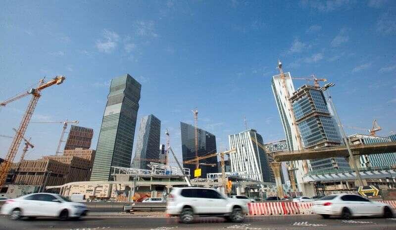 Saudyjska rozszerzenie sektora non-rutu traci pęd w sierpniu - PMI przez Reuters