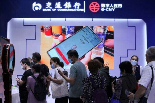 Digital Yuan idzie do głowy z Alipay, Wechat w Pekinie przez Bloomberg